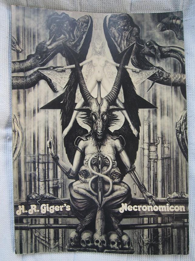 Necronomicon0001